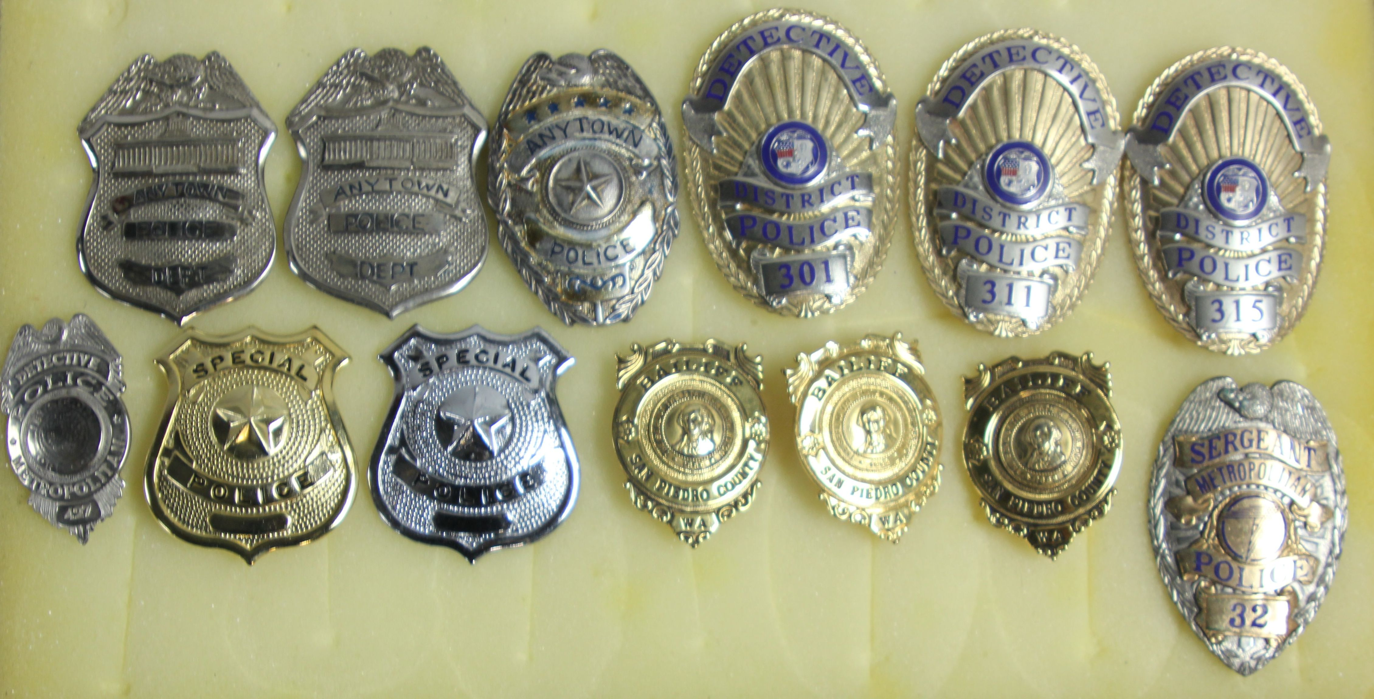 Various Special Agent & Detective Badges